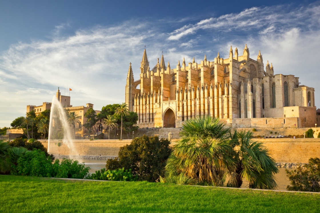 'The Cathedral of Santa Maria of Palma de Mallorca, La Seu, Spain' - Balearic Islands
